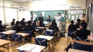 熊本では中学生の学習支援などに取り組んだ