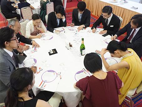 日本アクティブラーニング協会が制作・展開する「新しい大学入試問題」に取り組む教育関係者たち