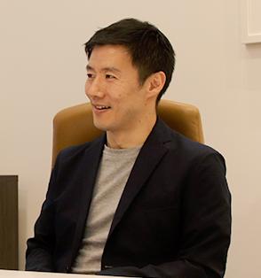 アルクテラス( 株)・新井豪一郎 代表取締役社長