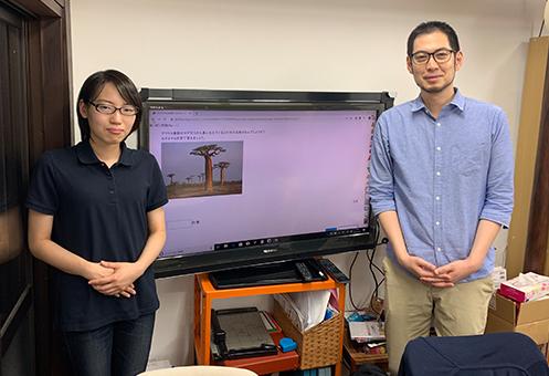 土岐幸司 代表(右)とスタッフの伊藤さん