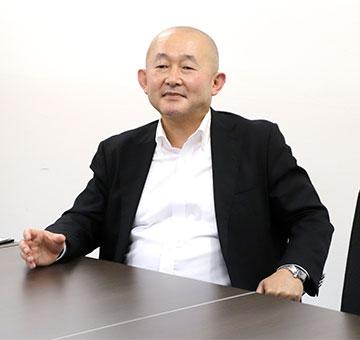 (株)ウイングネット・荻原俊平 社長