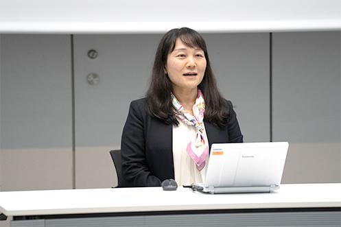 愛知県立大学外国語学部 池田周(ちか)教授